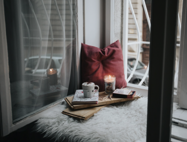 How to practice hygge and stay cosy at home